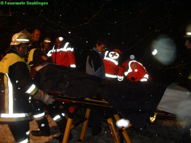 (c) Feuerwehr Denklingen: 06.02.07 - 19:05 Uhr - VU, Person eingeklemmt