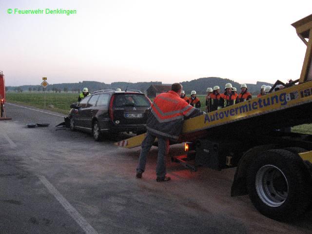 (c) Feuerwehr Denklingen: 07.10.07 - 18:12 Uhr - VU B17, Ölspur