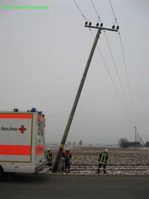(c) Feuerwehr Denklingen: 18.12.07 - 09:35 Uhr - Verkehrsunfall Leeder