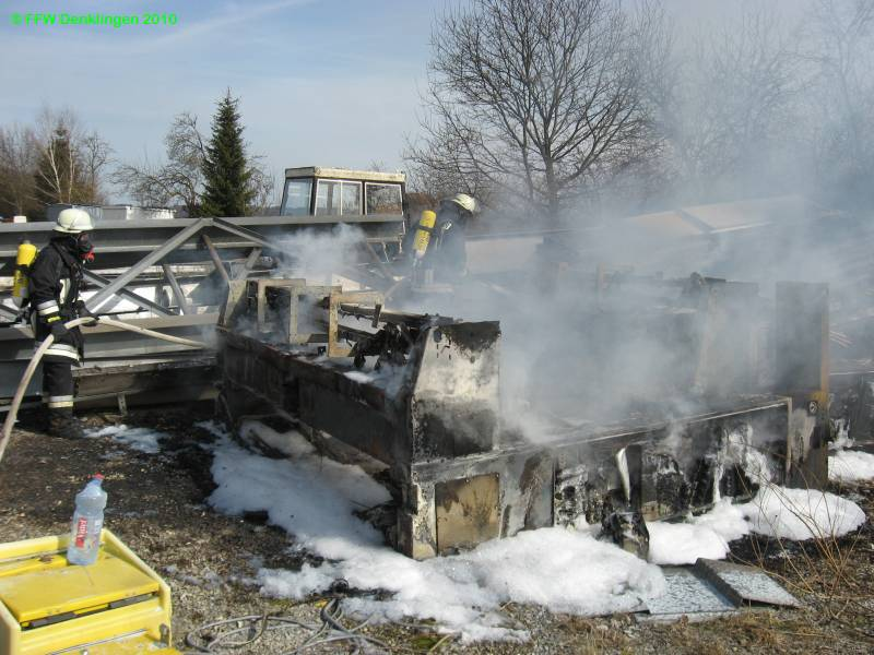 (c) Feuerwehr Denklingen: 18.03.2010 - 14:15 Uhr - Brand Maschinenteile, Leeder