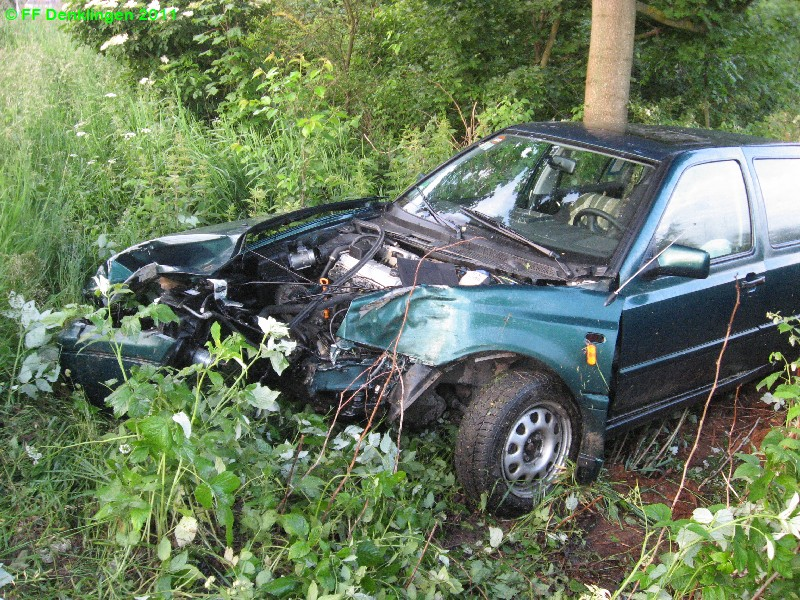(c) Feuerwehr Denklingen: 12.06.2011 - 05:27 Uhr - Verkehrsunfall, B17