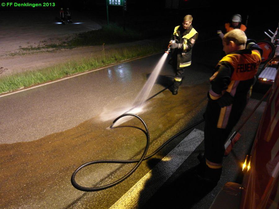 (c) Feuerwehr Denklingen: 18.05.2013 - 21:19 Uhr - Ölspur, B17