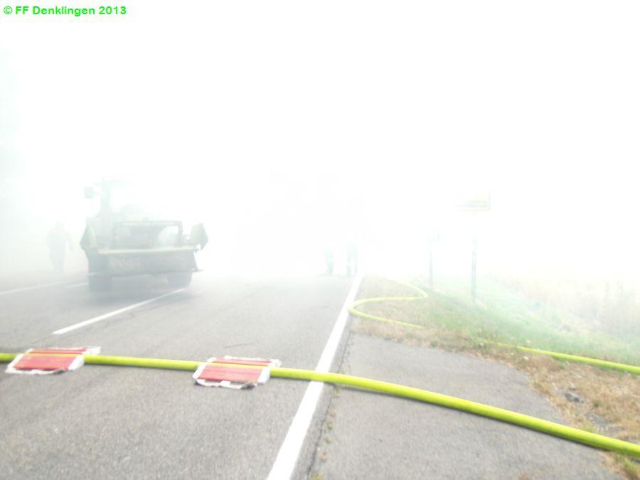 (c) Feuerwehr Denklingen: 20.07.2013 - 12:41 Uhr - Brand landwirtschaftliches Fahrzeug, B17