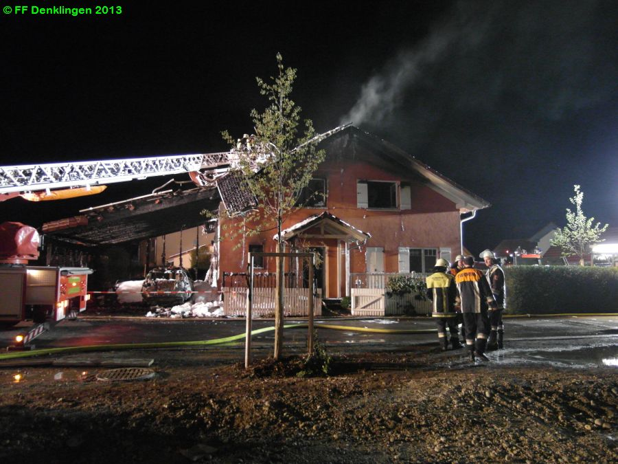 (c) Feuerwehr Denklingen: 30.07.2013 - 22:08 Uhr - Brand Einfamilienhaus, Denklingen