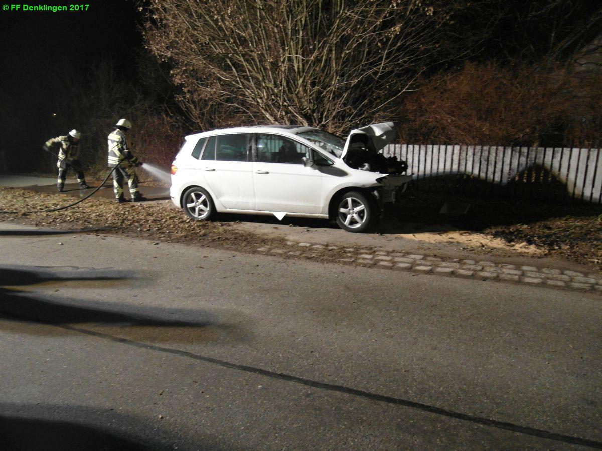 (c) Feuerwehr Denklingen: 14.02.2017 - 19:34 Uhr - Verkehrsunfall, Denklingen