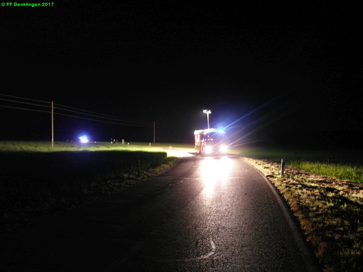 (c) Feuerwehr Denklingen: 30.09.2017 - 19:00 Uhr - Ölspur, Denklingen