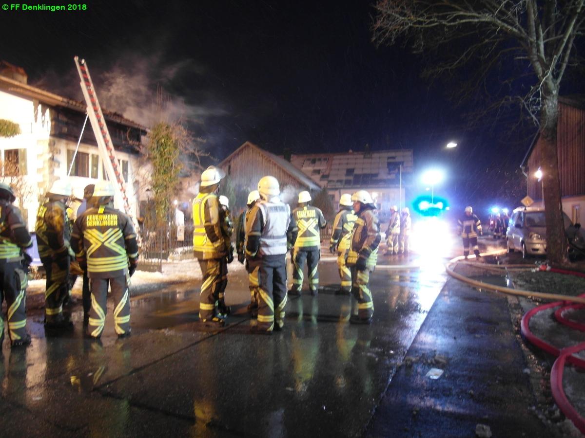 (c) Feuerwehr Denklingen: 17.01.2018 - 14:14 Uhr - Brand Gebäude, Denklingen