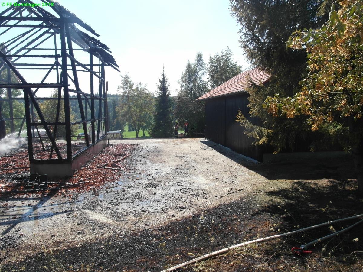 (c) Feuerwehr Denklingen: 31.07.2018 - 11:22 Uhr - Großbrand, Engratshofen