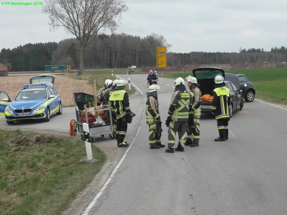 (c) Feuerwehr Denklingen: 05.04.2019 - 13:23 Uhr - Verkehrsunfall, Denklingen