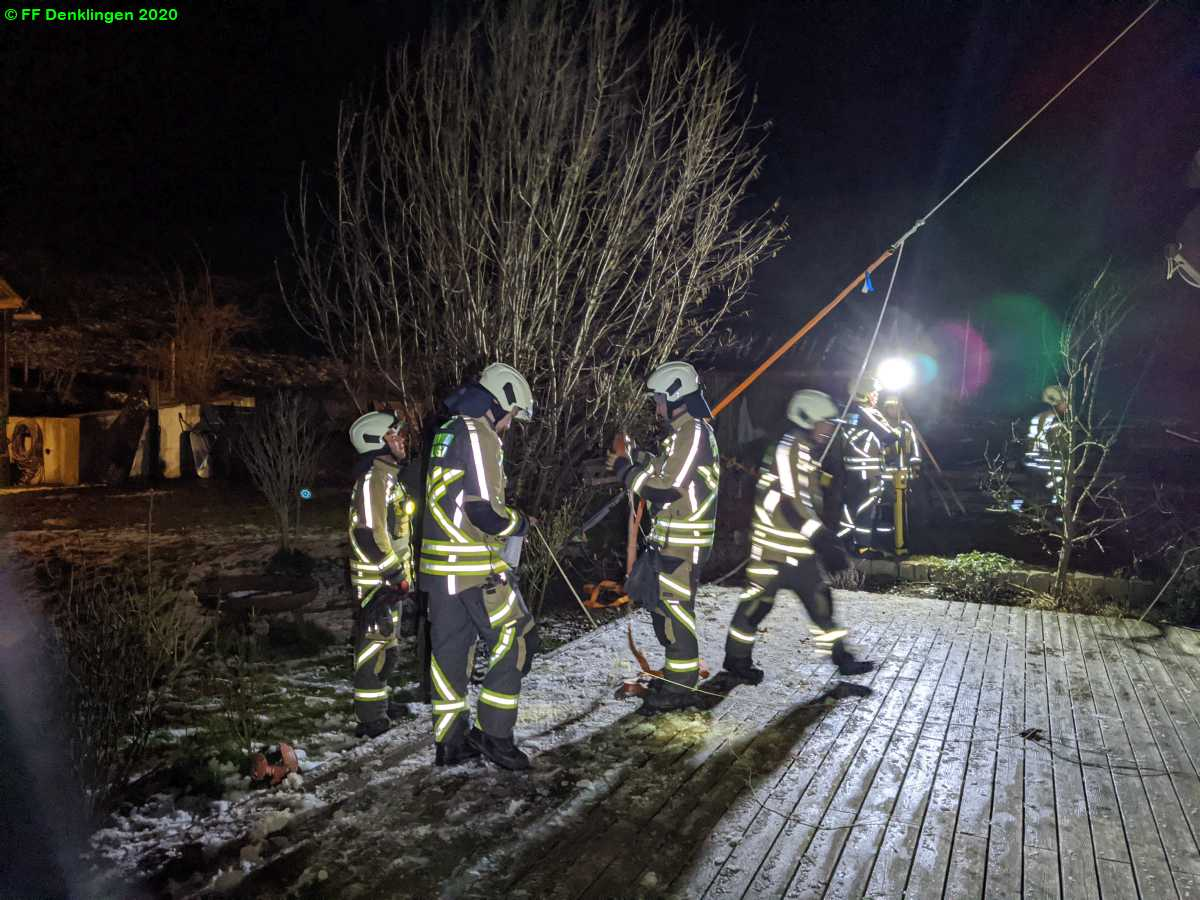 (c) Feuerwehr Denklingen: 27.02.2020 - 21:34 Uhr - THL Unwetter, Denklingen