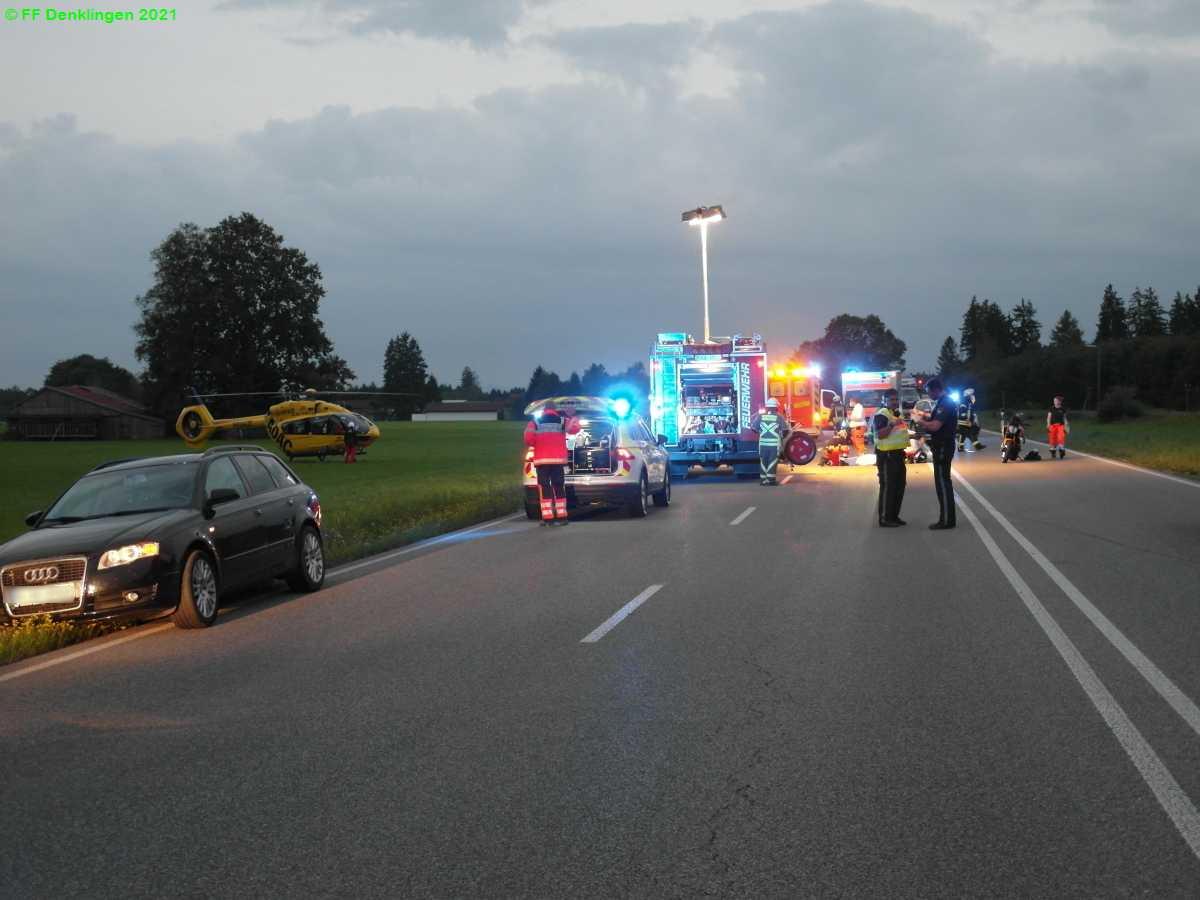 (c) Feuerwehr Denklingen: 17.08.2021 - 20:10 Uhr - Verkehrsunfall, B17