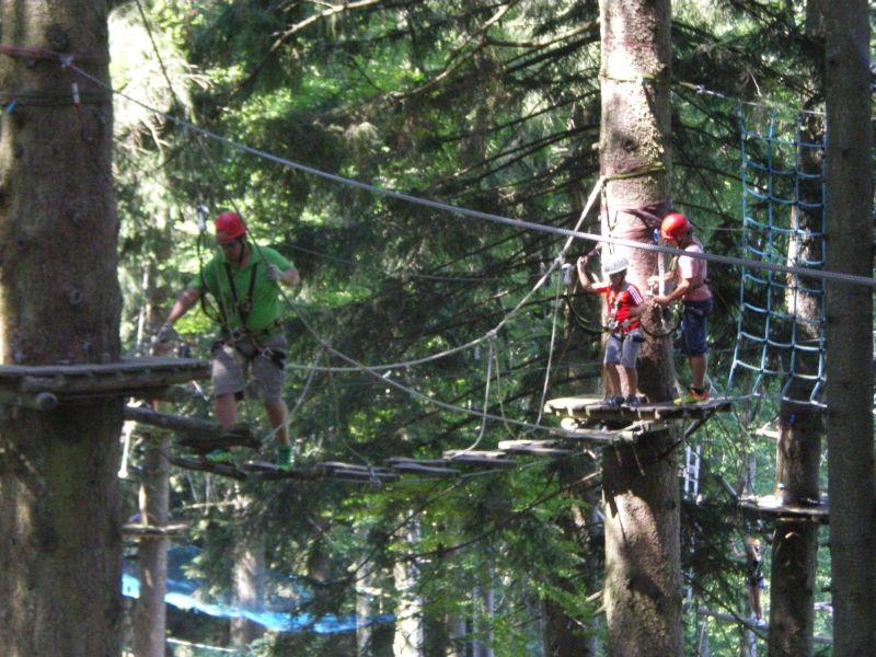 (c) Feuerwehr Denklingen: 08.08.15 - Jugendfeuerwehrausflug Klettergarten