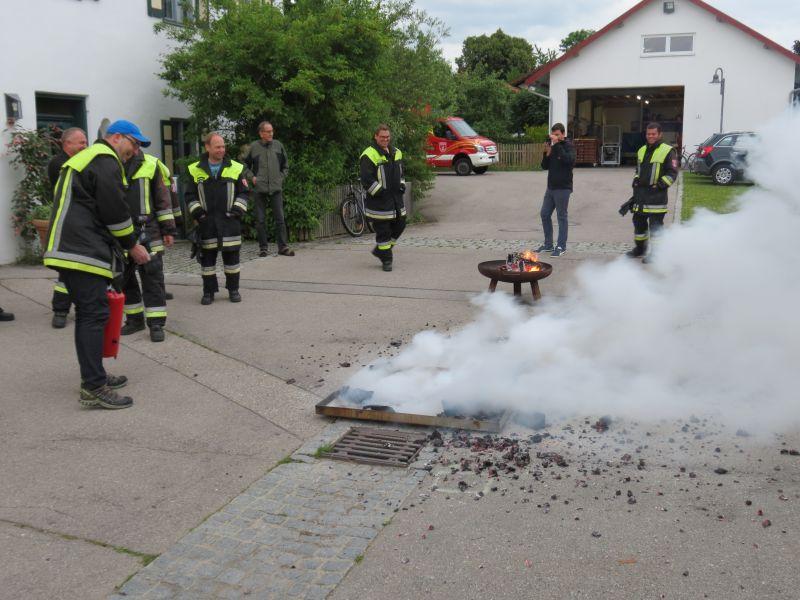 (c) Feuerwehr Denklingen: 22.06.15 - Öffentlichkeitsübung
