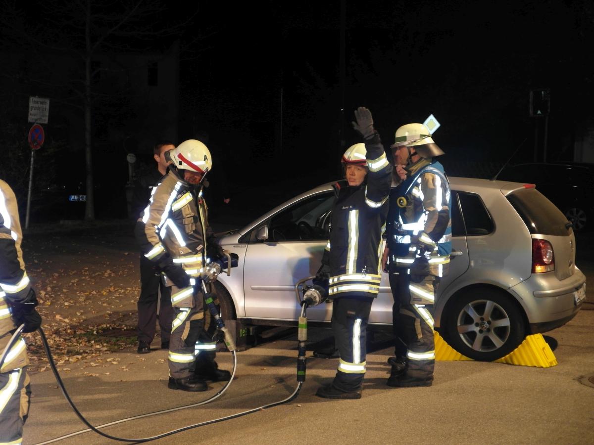 (c) Feuerwehr Denklingen: 16.10.17 - LAZ Technische Hilfeleistung